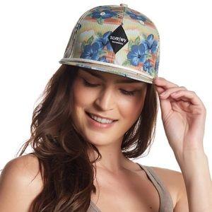 NWOTs SAN DIEGO HAT CO Silverware Tropical Cap Hat